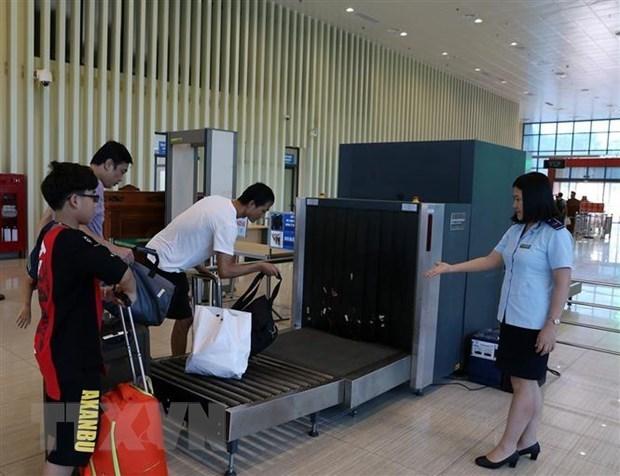 越南开展实施关于出入境、过境和居留的两部法律 hinh anh 1