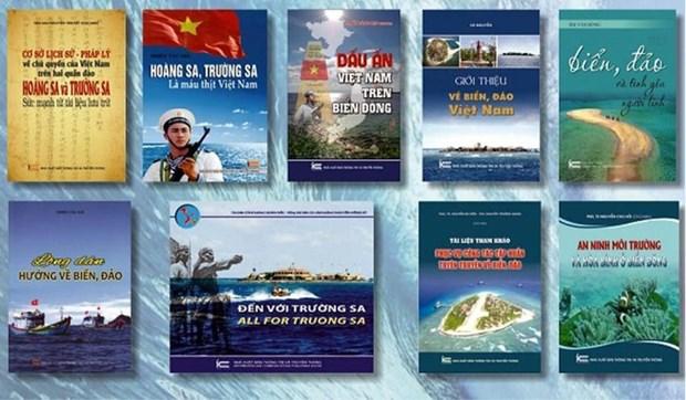 越南出版与海洋岛屿有关的系列丛书 hinh anh 1