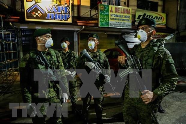 新冠肺炎疫情:菲律宾总统宣布对反政府军单方面停火 hinh anh 1