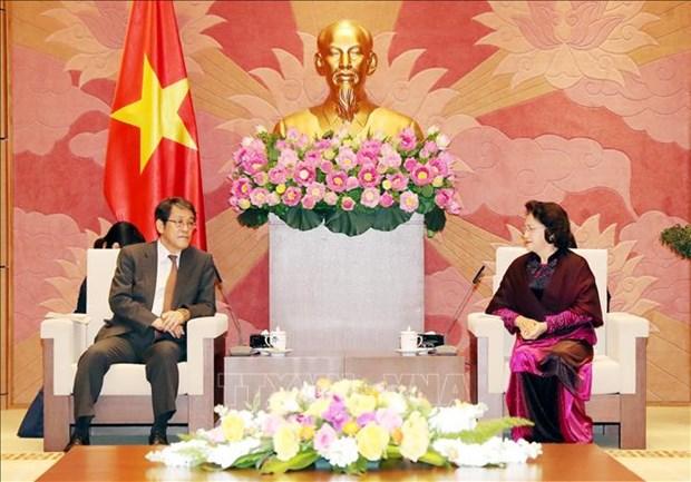 越南国会主席阮氏金银会见日本驻越大使梅田邦夫 hinh anh 1