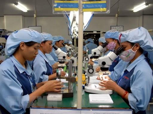 3月前半月越南实现贸易顺差近10亿美元 hinh anh 1