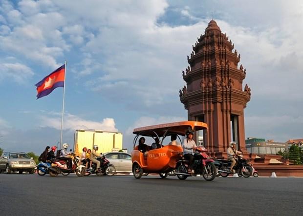 新冠肺炎疫情:柬埔寨努力应对疫情 泰国死亡病例为3例 hinh anh 1