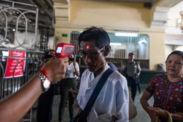 新冠肺炎疫情:缅甸首次发现两例新冠肺炎确诊病例 hinh anh 1