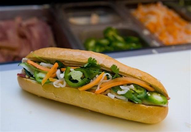 """胡志明市开展""""西贡面包——美食旅游传媒项目"""" hinh anh 1"""