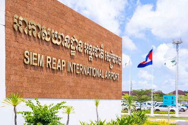 柬埔寨:国际航班班次减少40% 前往暹粒的游客几乎为零 hinh anh 1