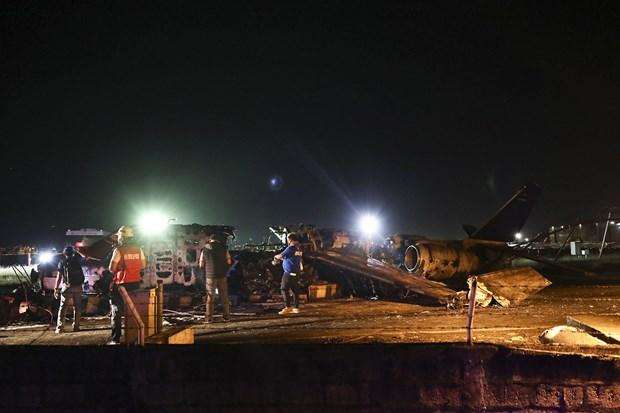 菲律宾一架飞机起飞前坠毁 机上8人全部遇难 hinh anh 1
