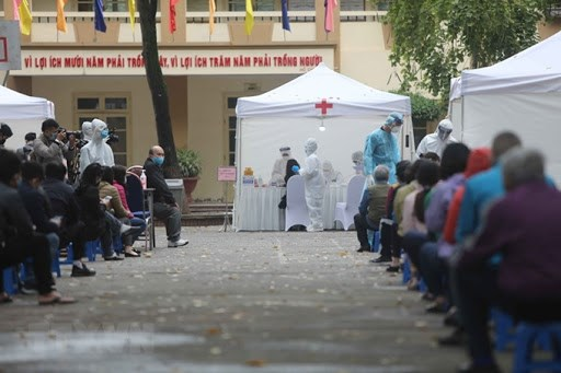 河内市展开10分钟出结果的新冠病毒快速检测 hinh anh 1
