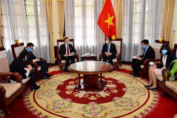 越南与捷克共同合作防控新冠肺炎疫情 hinh anh 1