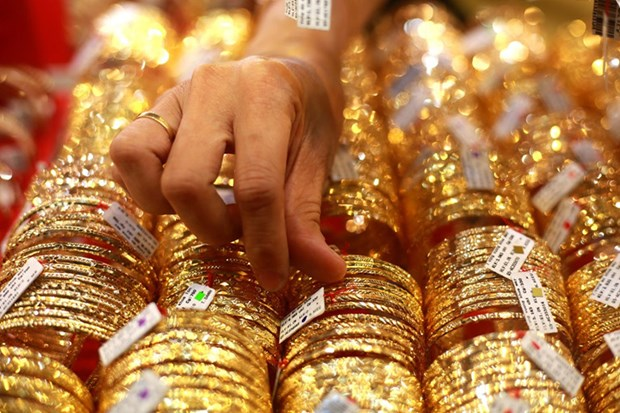 越南国内黄金价格上涨30万越盾 hinh anh 1