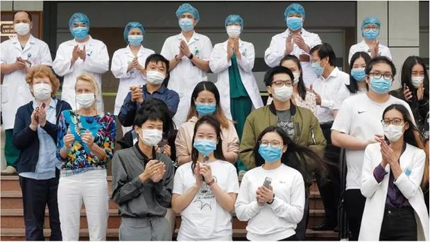 美国媒体:越南是抗击新冠肺炎疫情战役中表现突出的典型国家 hinh anh 1