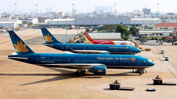 越南各家航空公司获许后方可出售自4月16日起机票 hinh anh 1