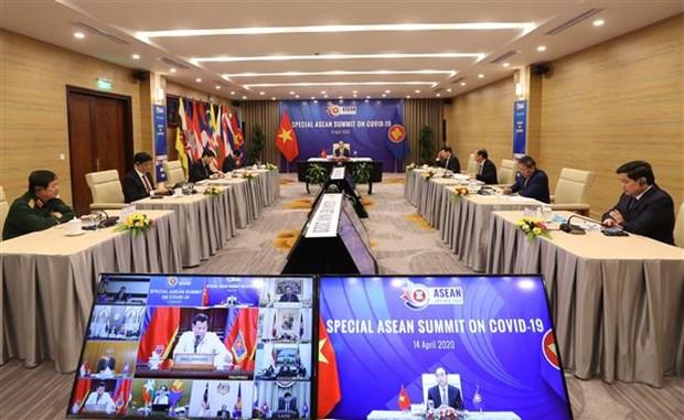 2020东盟轮值主席国年:日本高度评价越南担任东盟轮值主席国期间的领导作用 hinh anh 2