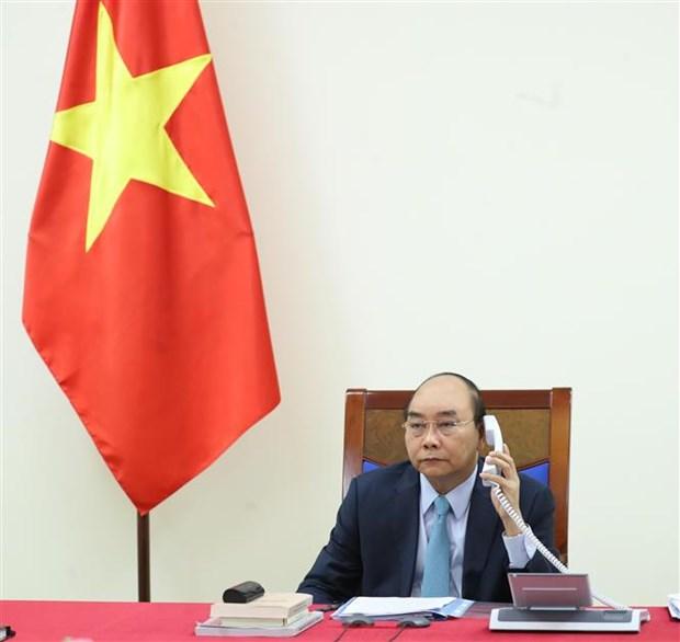 越南政府总理与瑞典首相通电话 就加强合作抗击新冠肺炎疫情等问题交换意见 hinh anh 1