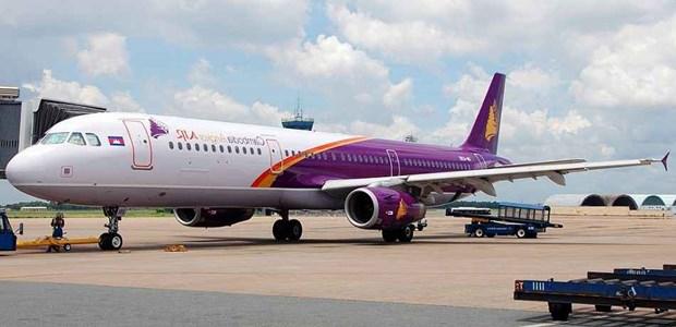 受新冠肺炎疫情影响柬埔寨航空业消减90%以上运力 hinh anh 1