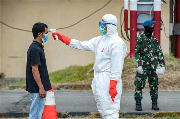 新冠肺炎疫情:东南亚地区有三个国家新冠肺炎确诊病例总数超过5000例 hinh anh 1