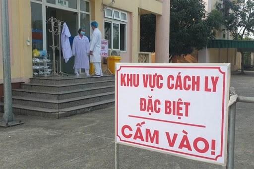 澳大利亚教授卡尔·塞耶:越南对遏制新冠肺炎疫情蔓延实施社会距离措施取得最高成效 hinh anh 2