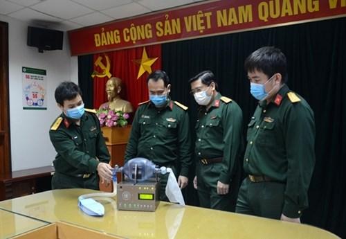 越南108中央军医院制造的呼吸辅助设备 hinh anh 1