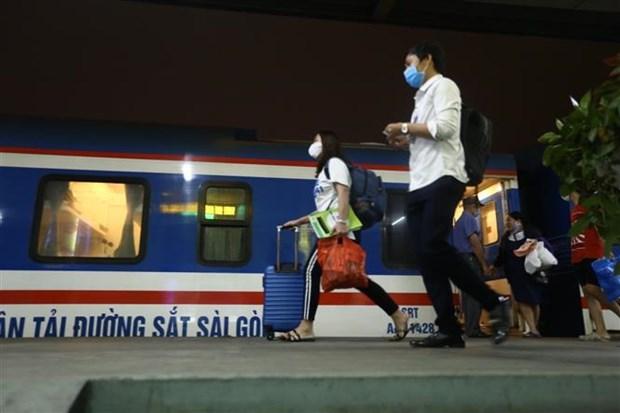 自4月24日起越南多条铁路线路客运恢复运行 hinh anh 1
