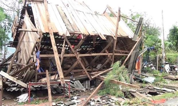 越南多地遭遇雷暴:暴雨闪电来袭 致10人伤亡 财产损失严重 hinh anh 1