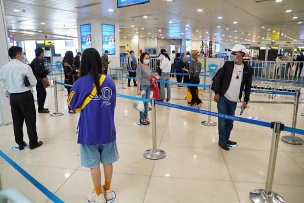 越南航空局要求各家航空公司严格遵守防疫规定 hinh anh 1