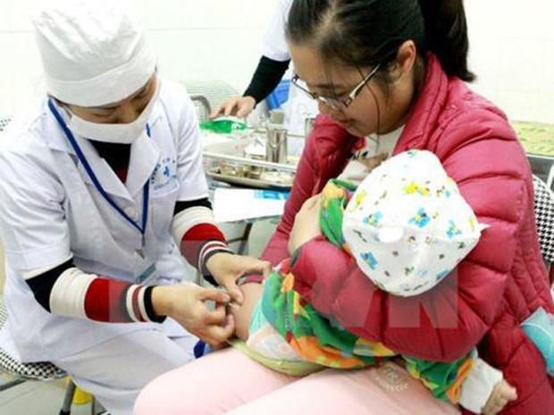 世卫组织与联合国儿童基金会为越南的儿童预防接种工作提供协助 hinh anh 1
