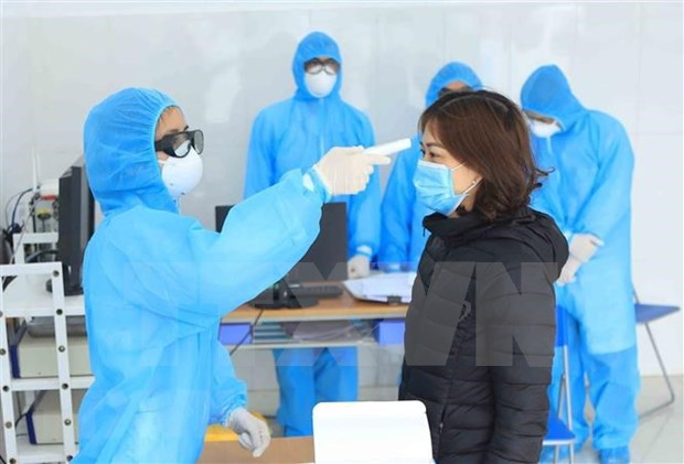 俄罗斯和智利两国驻越南大使高度评价越南控制新冠肺炎疫情的努力和经验 hinh anh 2