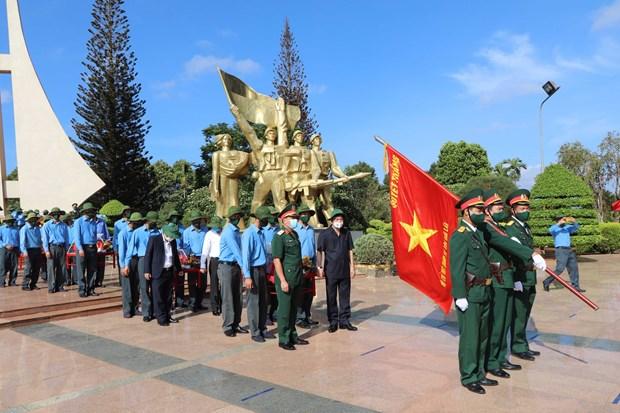 得乐省为战争时期在柬埔寨牺牲的英烈举行追悼会和安葬仪式 hinh anh 1