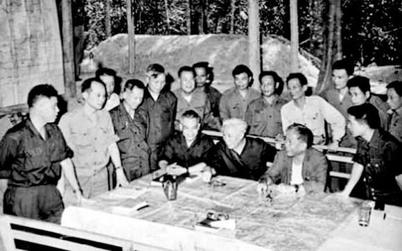 西贡-嘉定解放战役为1975年春季大捷打下基础 hinh anh 1