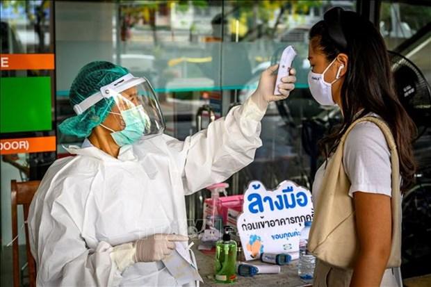 新冠肺炎疫情:泰国新增病例连续6天降至个位数 新加坡和老挝开始放宽限制性措施 hinh anh 1