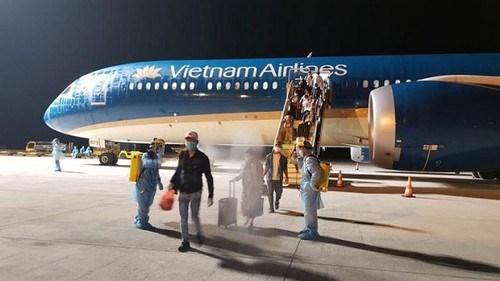 将在法国的越南公民接回国 hinh anh 1