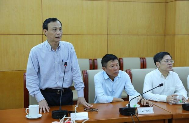 越南国内组织和个人向旅居欧洲越南人赠送疫情防控所需医疗物资 hinh anh 2