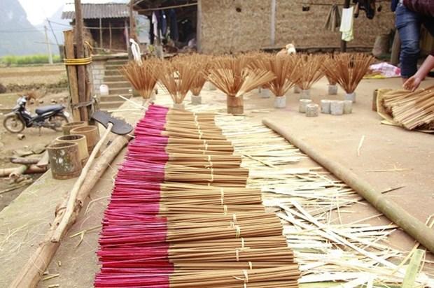 越南高平省侬安同胞的传统行业——制香业 hinh anh 1