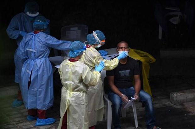 新冠肺炎疫情:马来西亚延长行动限制令 新加坡、印尼和菲律宾的新增确诊病例继续增加 hinh anh 2