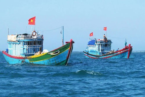 广义省渔民坚持出海捕捞并捍卫祖国海洋岛屿主权 hinh anh 1
