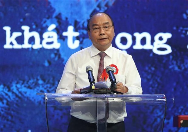 """阮春福总理:学习和践行胡志明道德榜样是将越南建设成为""""与五大洲强国并驾齐驱""""国家切合实际的举措 hinh anh 1"""
