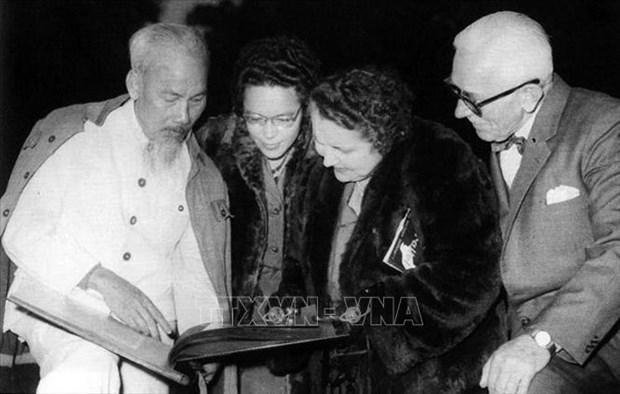 胡志明主席诞辰130周年:共产主义者阮爱国在香港期间的革命本领 hinh anh 1