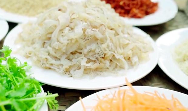 明州岛乡的美食:水母沙拉 hinh anh 1