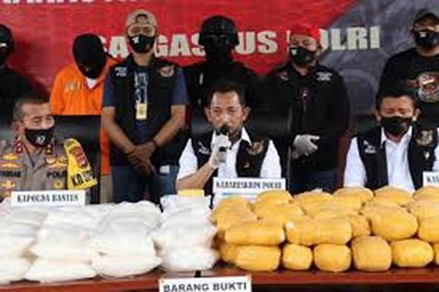 印度尼西亚破获一起特大毒品案缴获毒品821公斤 hinh anh 1