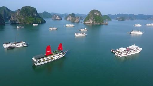 赴广宁省的游客人数逐渐恢复增长 hinh anh 1
