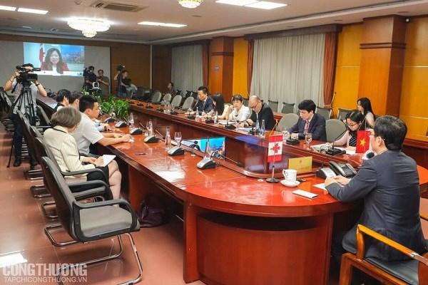 越南与加拿大促进合作 充分利用CPTPP带来的利益 hinh anh 1
