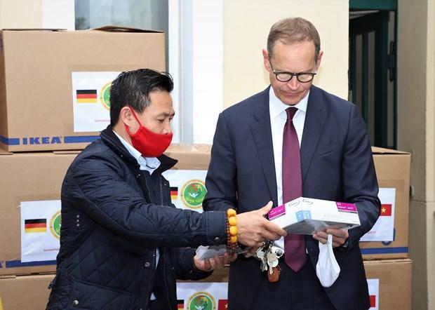 德国柏林市市长高度评价旅德越南人的慈善活动 hinh anh 1