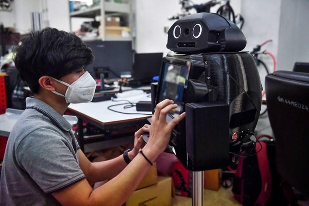泰国研发支持新冠疫情防控工作的机器人 hinh anh 1