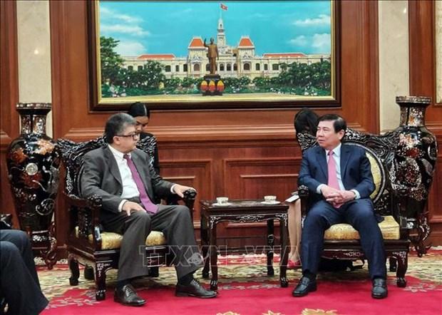胡志明市愿与安哥拉哈亚美尼亚加强合作 hinh anh 2