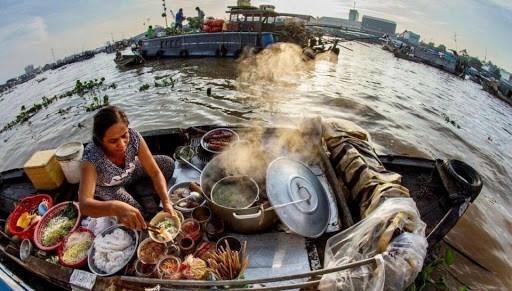 越南旅游部门刺激国内旅游需求为经济复苏做出贡献 hinh anh 2
