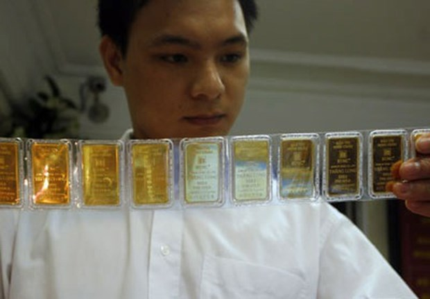 15日越南国内黄金价格小幅上涨 hinh anh 1