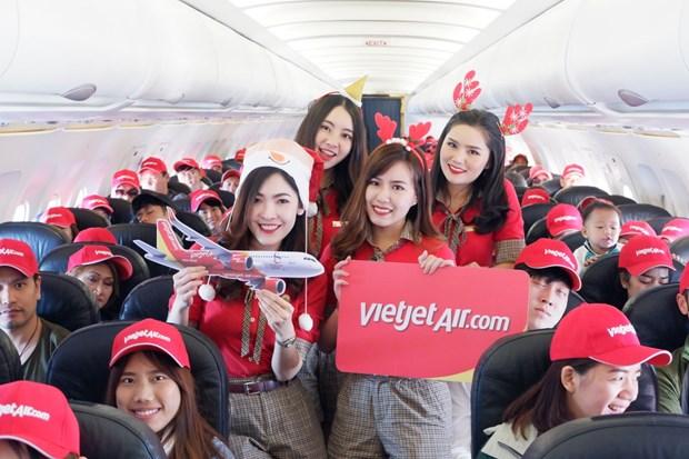 越捷航空是首家在泰国普吉机机场恢复运营的公司 hinh anh 2