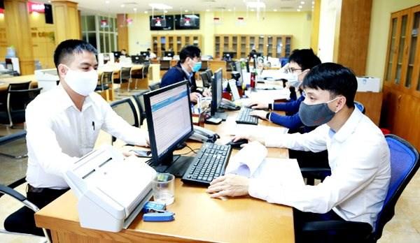 河内市改善8个领域的省级政府公共管理绩效指数 hinh anh 1