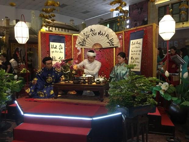 恰逢端午节观赏宫廷茶艺 hinh anh 2