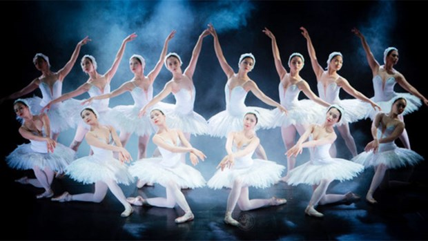 《翘传》芭蕾舞剧颇受胡志明市观众的欢迎 hinh anh 1