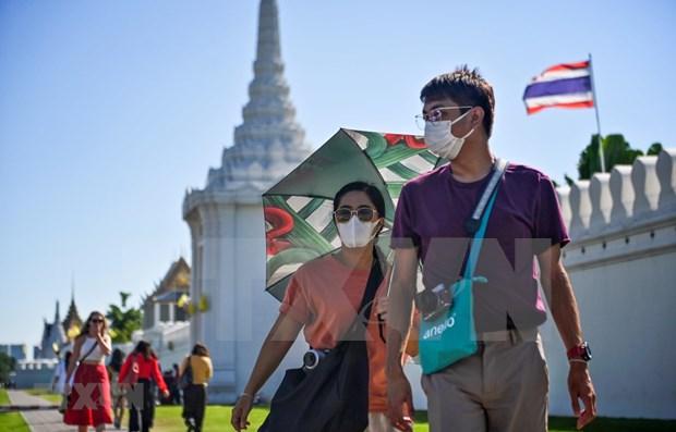 新冠肺炎疫情: 泰国全面恢复商业活动 印尼日内新增确诊病例达1000多例 hinh anh 1